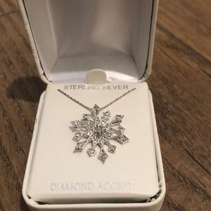 Jewelry - Sterling Silver Snowflake Necklace